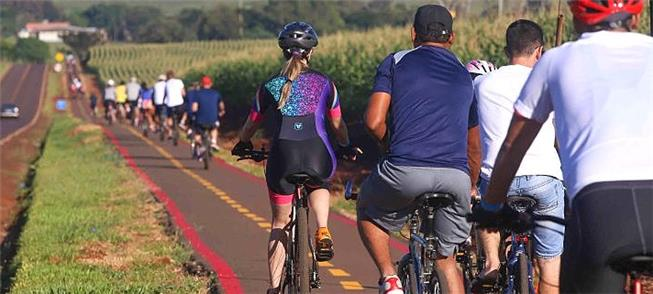Bicicletada marcou a inauguração da ciclovia rodov