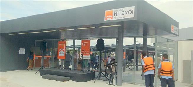 Bicicletário em Niterói no dia da inauguração, em