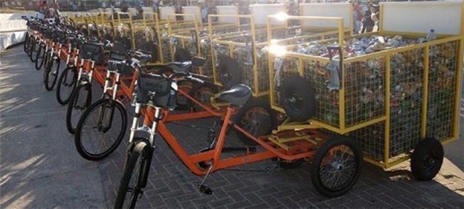 Bicicletas coletoras de lixo em Maceió