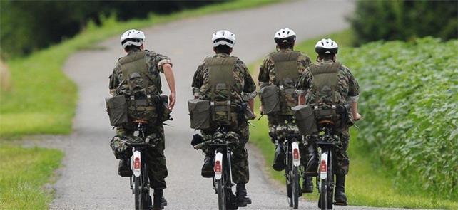 Bicicletas do exército suíço resistem ao tempo