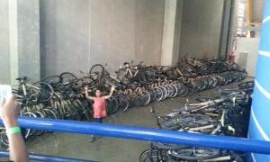 Bicicletas estão abandonadas em CEU