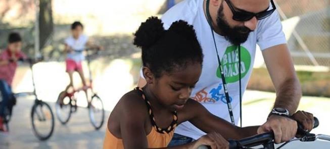 Bike Anjo: ação voluntária voltada a crianças e ad