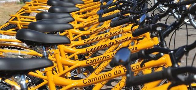 Bikes do programa Caminho da Escola, do governo fe
