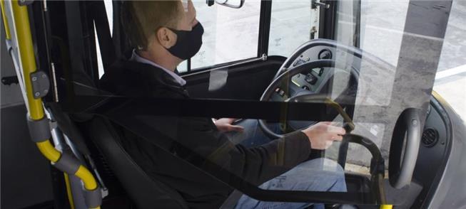 Cabine de vidro para proteger motoristas de ônibus