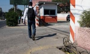 Cabos na avenida Marquês de São Vicente disputam e