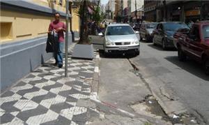 Calçadas esburacadas em SP: até quando?
