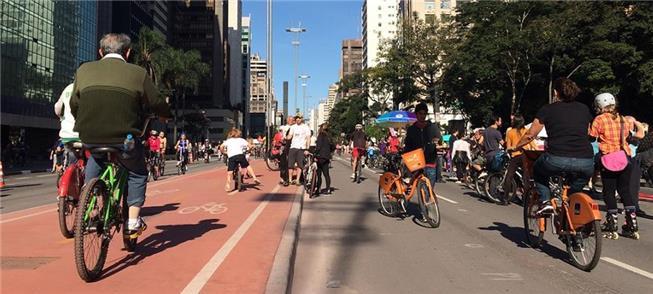 Caminhar, pedalar: a cidade saudável também é econ