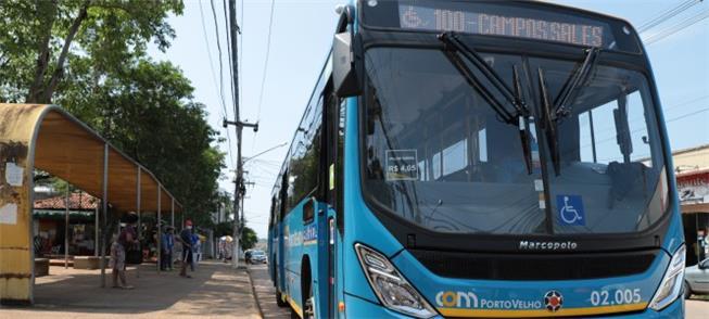 Capital chegou a ficar sem ônibus, e inicia inform