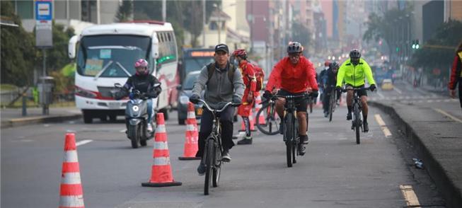 Capital colombiana abre novas ciclovias para conte