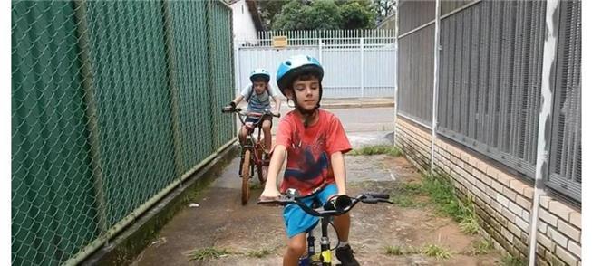 Cauã e Iuri, os repórteres de um dos documentários