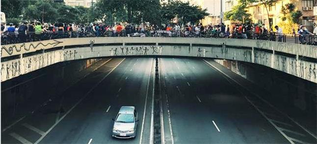Ciclistas na Av. Paulista em protesto pela morte d