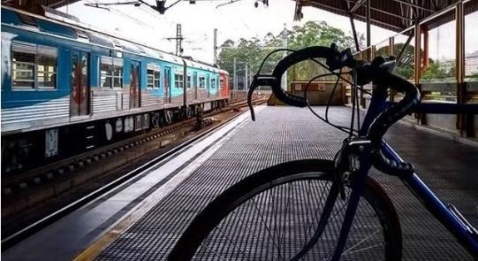 Ciclistas terão mais horários para embarcar nos tr