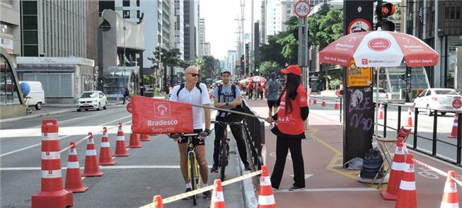 Ciclofaixa de lazer na avenida Paulista