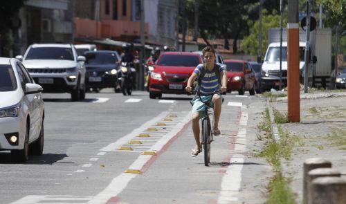Ciclofaixa em Fortaleza ganha uma área a mais, por