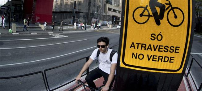 Ciclovia da Paulista: via exclusiva segue por cerc