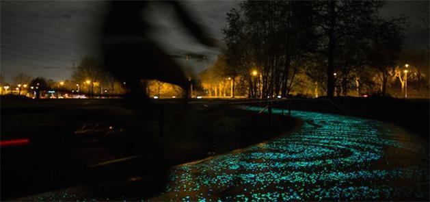 Ciclovia iluminada por Leds, na Holanda