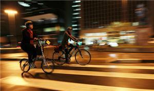 Ciclovia na Paulista: melhor à direita da via
