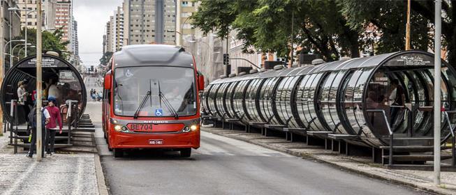 Curitiba inaugura novo corredor de ônibus este mês