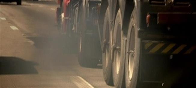 Diesel dos caminhões é fonte de poluição em todo o