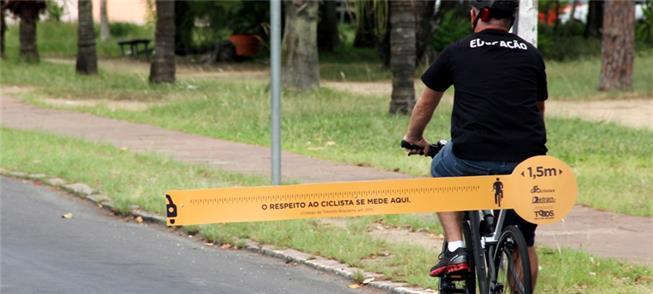 Em Porto Alegre, ciclistas saem às ruas com Respei