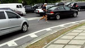 pontes são barreiras para pedestres e ciclistas