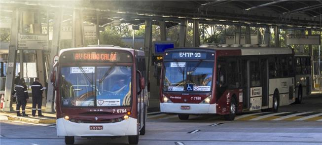 Emissões dos 14.700 ônibus fazem mais de 4 mil mor