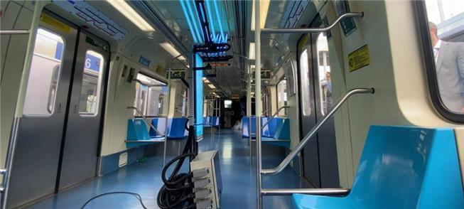 Equipamento ilumina superfícies dos trens com para