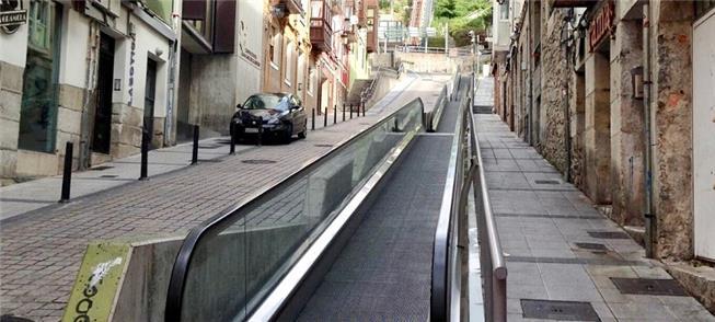 Esteira rolante em via de Santander, na Espanha
