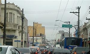 Excesso de veículos no centro paulistano