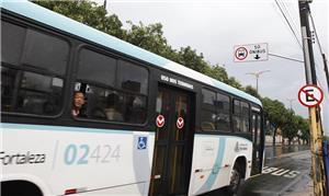 Faixa exclusiva de ônibus é inaugurada em Fortalez