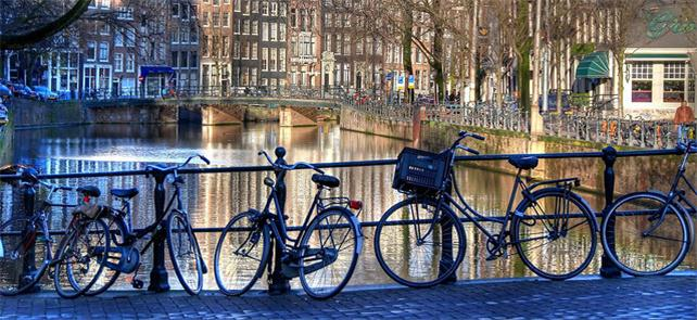 Faltam lugares para estacionar as bicicletas