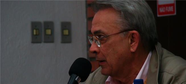 Gregori é um dos defensores da tarifa zero no tran
