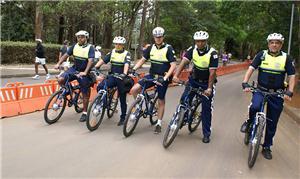 Guardas-civis metropolitanos de bicicleta em São P