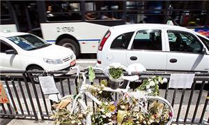 Homenagem à ciclista Juliana Dias