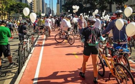 Inauguração da ciclovia da av. Paulista, em 2015: