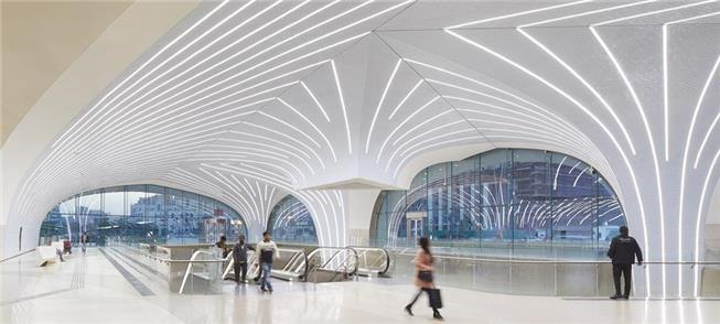 Interior da Estação Msheireb, em Doha