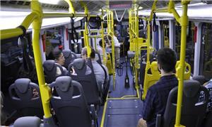 Interior do ônibus híbrido