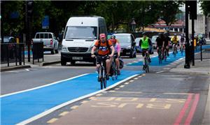 Ir ao trabalho de bicicleta é 40% menos estressant