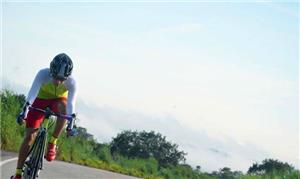 Isa se tornou atleta de mountain bike após aderir