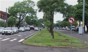 Kakogawa, uma das principais avenidas de Maringá