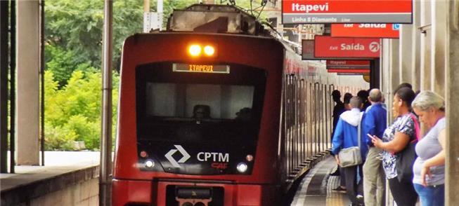 Linha 8 liga região de Itapevi à estação Júlio Pre