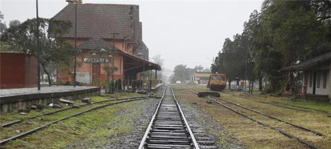 Linha férrea seria usada também para trens de pass