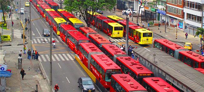 Longas filas são cada vez mais comuns no TransMile