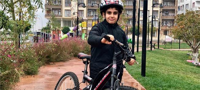 Mais de 4 mil bikes foram dadas às crianças; e met