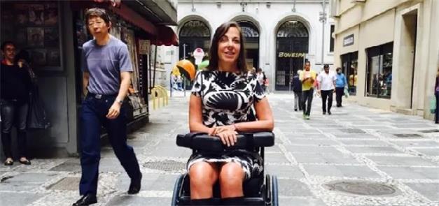 Mara Gabrilli, nas ruas do quadrilátero central de