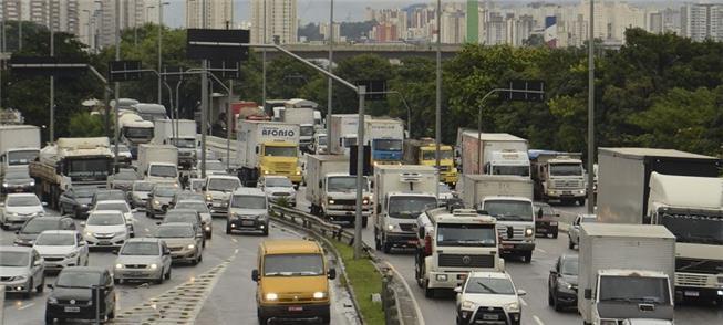 Marginal Tietê parada. São Paulo é a 5ª mais conge
