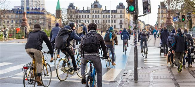 Mercado aquecido: ciclistas, ciclovias e políticas