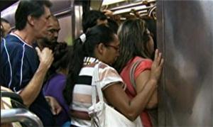Metrô de São Paulo recebe pesquisa de perfil de pú