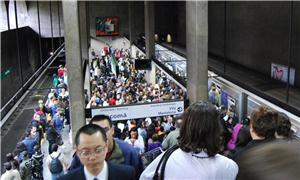 Metrô de SP é um dos mais lotados do mundo