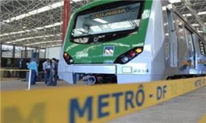 Metrô DF: estações prontas fechadas e falta de pes